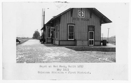 Atchison, Topeka & Santa Fe Railway Company depot, Red Rock, Oklahoma - Page