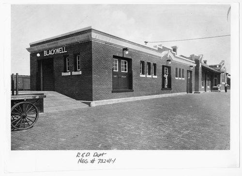 Atchison Topeka and Santa Fe Railway Company depot, Blackwell, Oklahoma - Page