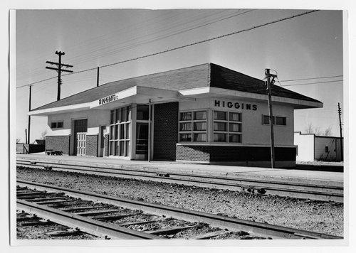 Atchison, Topeka & Santa Fe Railway Company depot, Higgins, Texas - Page