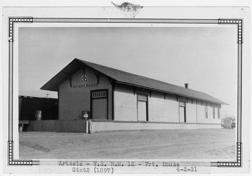 Atchison, Topeka & Santa Fe freight house, Artesia, New Mexico - Page