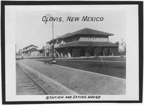Clovis, New Mexico depot and Fred Harvey House - Page