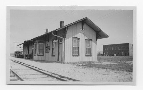 Gulf Colorado & Santa Fe Railway Company depot, Godley, Texas - Page