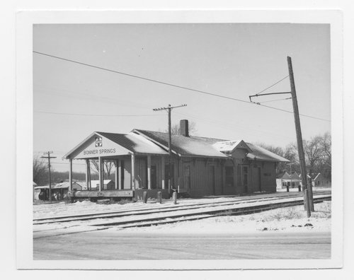 Atchison, Topeka & Santa Fe Railway Company depot, Bonner Springs, Kansas - Page