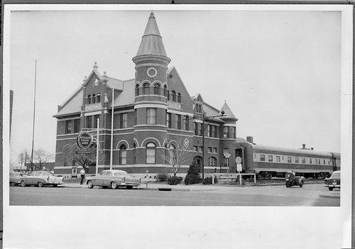 Missouri Pacific Railroad depot, Wichita, Kansas - Page