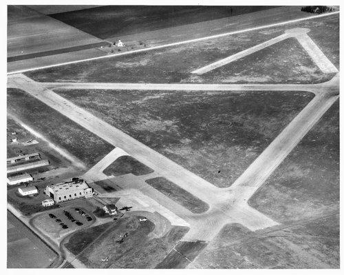 Topeka Municipal Airport, Topeka, Kansas - Page