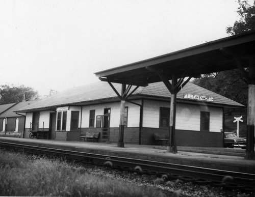 Missouri Pacific Railroad depot, Fort Leavenworth, Kansas - Page
