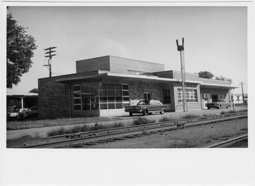Chicago, Rock Island & Pacific Railroad depot, Hutchinson, Kansas - Page