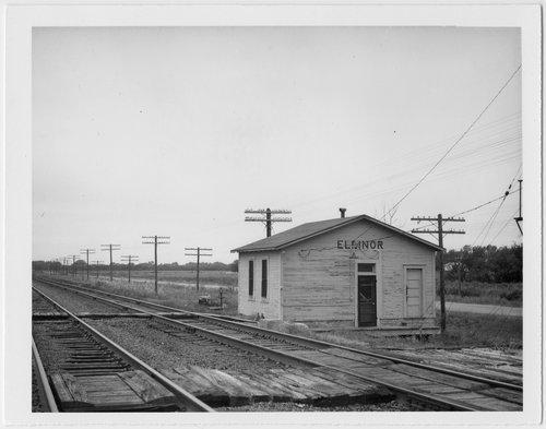 Atchison, Topeka and Santa Fe Railway Company depot, Elinor, Kansas - Page