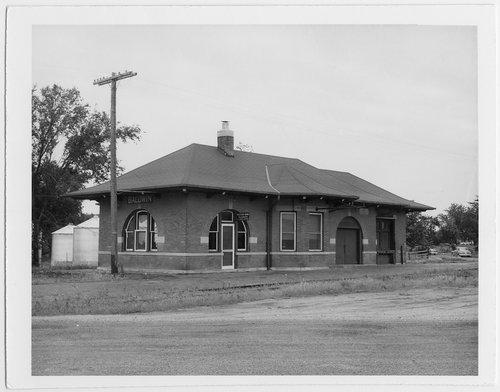 Atchison, Topeka & Santa Fe Railway Company depot, Baldwin, Kansas - Page