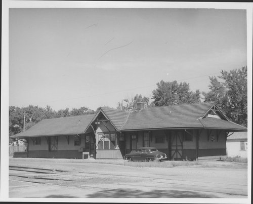 Missouri- Kansas-Texas Railroad depot, Iola, Kansas - Page