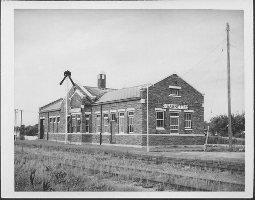 Atchison, Topeka & Santa Fe Railway Company depot, Garnett, Kansas - Page
