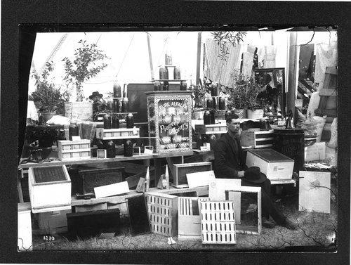 Frank Howard's honey exhibit, Finney County fair, Kansas - Page