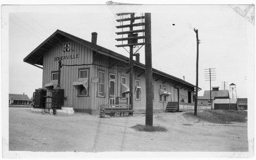 Gulf, Colorado,& Santa Fe Railway freight depot, Somerville, Texas - Page