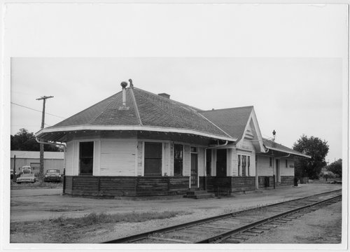 Union Pacific Railroad Company depot, Minneapolis, Kansas - Page