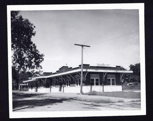 St. Louis-San Francisco Railway depot, Arkansas City, Kansas - Page