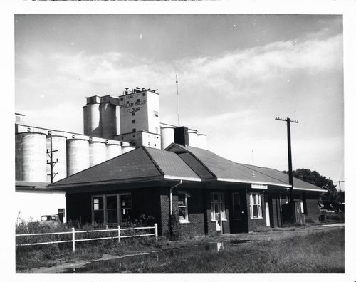 Texas & Pacific Railway depot, Arkansas City, Kansas - Page