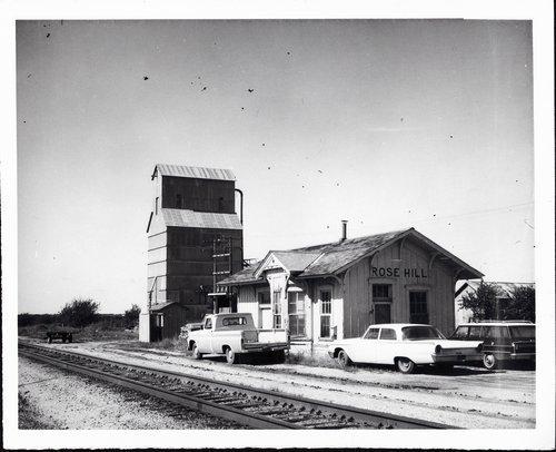 Atchison, Topeka & Santa Fe Railway Company depot, Rose Hill, Kansas - Page
