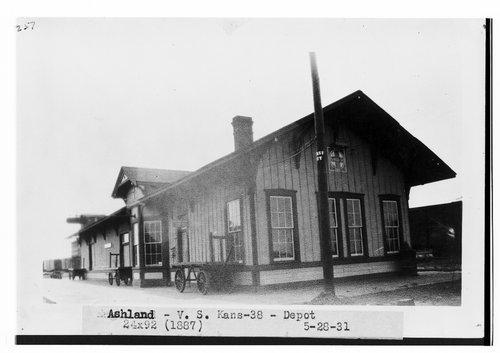 Atchison, Topeka & Santa Fe Railway Company depot, Ashland, Kansas - Page