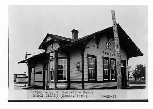 Atchison, Topeka and Santa Fe Railway Company depot, Sawyer, Kansas - Page