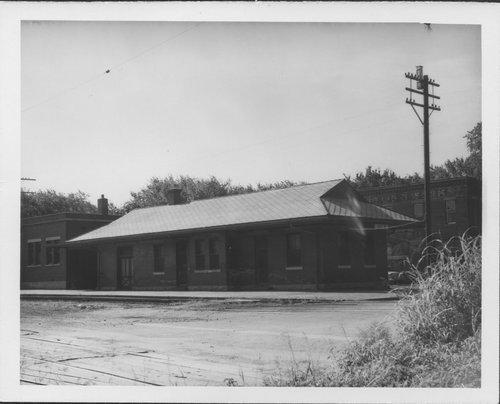 Missouri Pacific Railroad depot, Iola, Kansas - Page