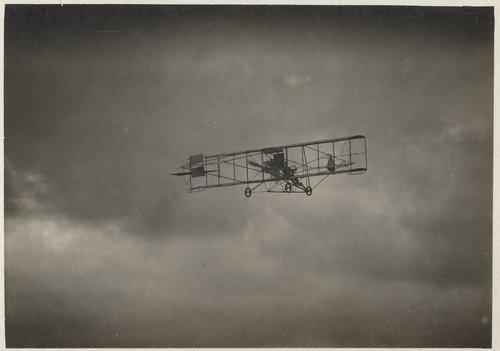 Albin K. Longren's first flight - Page