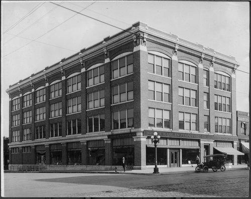 Gordon building, Topeka, Kansas - Page