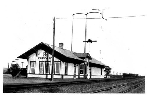 Atchison, Topeka and Santa Fe Railway Company depot, Pierceville, Kansas - Page