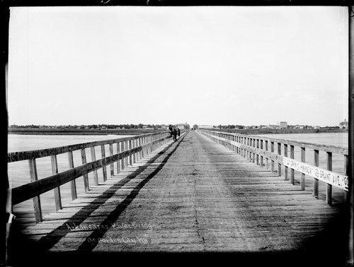 Arkansas River bridge, Garden City, Finney County, Kansas - Page