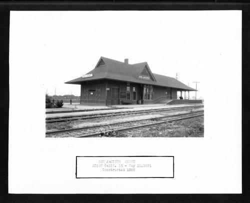 Atchison, Topeka  and Santa Fe Railway Company depot, San Jacinto, California - Page