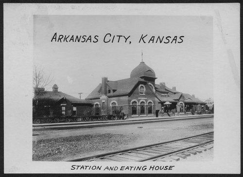 Atchison, Topeka & Santa Fe Railway Company depot and eating house, Arkansas City, Kansas - Page