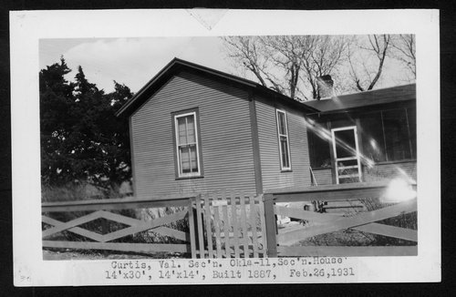 Atchison, Topeka & Santa Fe Railway Company section house, Curtis, Oklahoma - Page