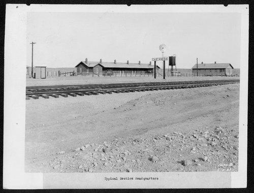 Atchison, Topeka & Santa Fe Railway Company's foreman house and section house, Casteneda, Oklahoma - Page