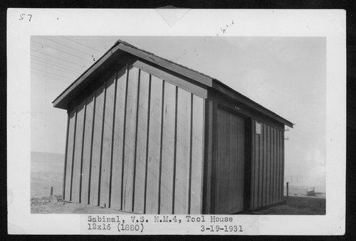 Atchison, Topeka & Santa Fe Railway Company tool house, Sabinal, New Mexico - Page