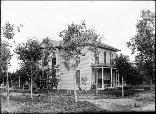 Pyle residence, Garden City, Finney County, Kansas - Page