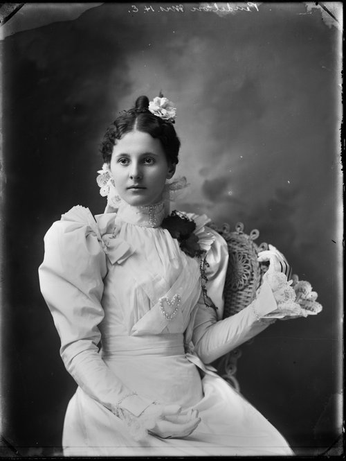 Mrs. H. E. Pendelton, Kansas - Page