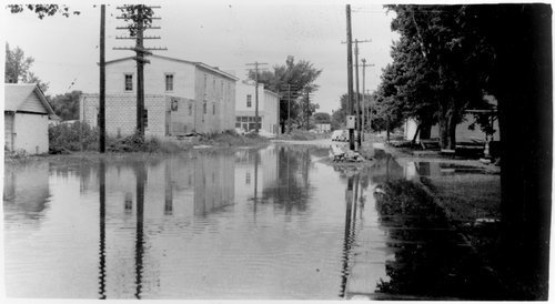 Linwood, Kansas in a flood - Page