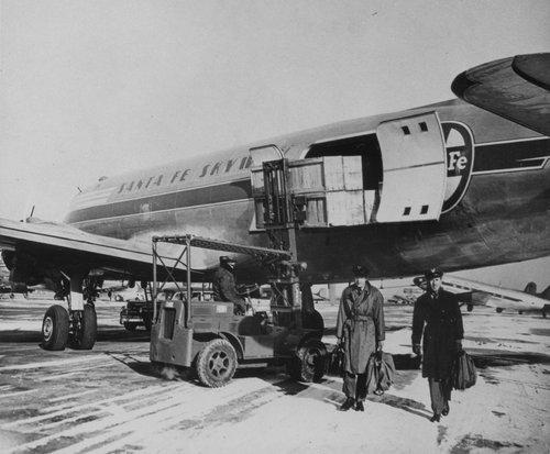 Atchison, Topeka & Santa Fe Railway Company skyway aircraft - Page
