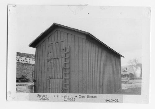 Atchison, Topeka & Santa Fe Railway Company ice house, Raton, New Mexico - Page