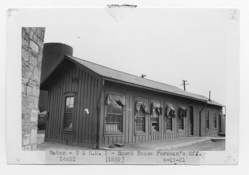 Atchison, Topeka & Santa Fe Railway Company's round house foreman office, Raton, New Mexico - Page