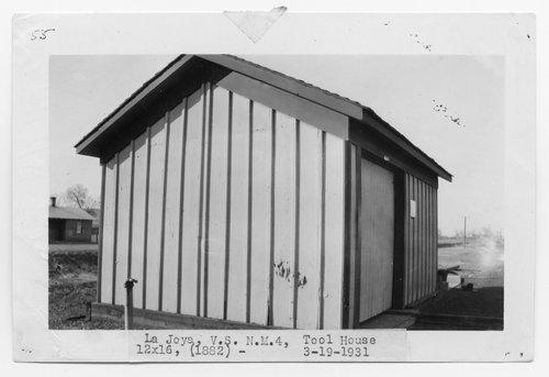 Atchison, Topeka & Santa Fe Railway Company tool house, La Joya, New Mexico - Page