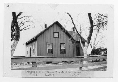 Atchison, Topeka & Santa Fe Railway Company section house, Syracuse, Kansas - Page