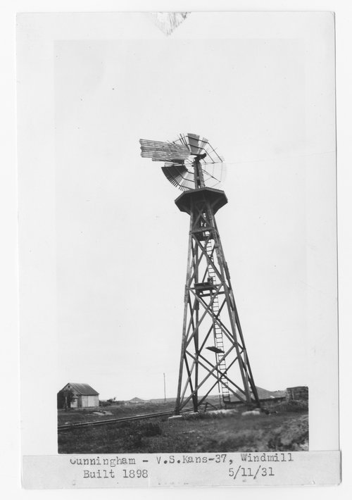 Atchison, Topeka & Santa Fe Railway Company windmill, Cunningham, Kansas - Page