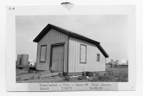 Atchison, Topeka & Santa Fe Railway Company tool house, Clearwater, Kansas - Page