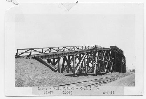 Atchison, Topeka & Santa Fe Railway Company coal chute, Lamar, Colorado - Page