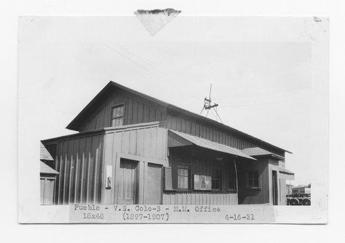 Atchison, Topeka & Santa Fe Railway master mechanic's office, Pueblo, Colorado - Page