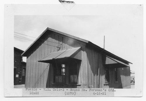 Atchison, Topeka & Santa Fe Railway roundhouse foreman's office, Pubelo, Colorado - Page