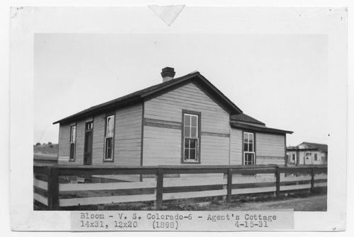 Atchison, Topeka & Santa Fe Railway Company agent cottage, Bloom, Colorado - Page