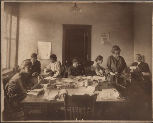 Crosby Brothers store's office staff, Topeka Kansas - Page