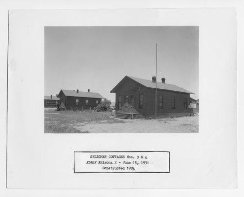 Atchison, Topeka & Santa Fe Railway Company cottages, Seligman, Arizona - Page