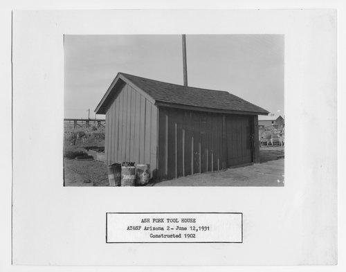 Atchison, Topeka and Santa Fe Railway Company tool house, Ash Fork, Arizona - Page